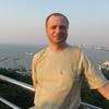 Олег, 50, г.Редкино